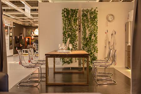 清新文艺家具透明椅子桌子图片