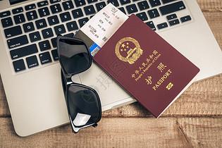 旅行出发行李准备图片