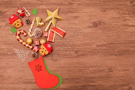 装满礼物的圣诞袜图片