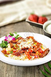 墨西哥芝士牛肉饭配牛油果图片
