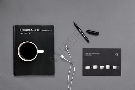 桌面上的物件图片