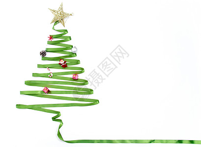 用缎带做成的圣诞树图片