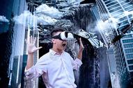 VR虚拟现实使用体验世界末日图片