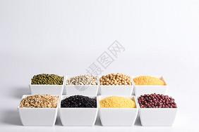农家特产五谷杂粮和豆子图片