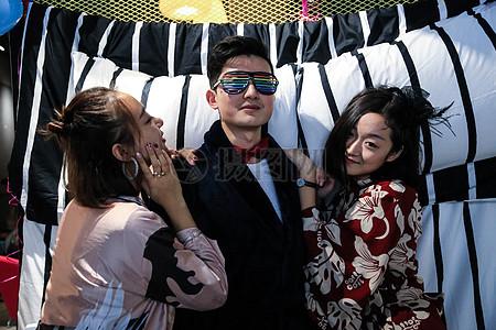 睡衣派对时尚街拍图片