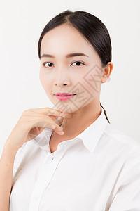 简单妆面美丽女人棚拍图片