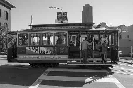 公交车国外图片