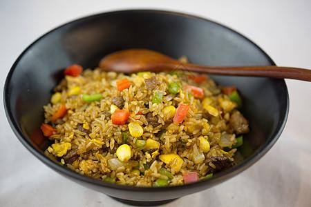 什锦炒饭玉米粒胡萝卜青豆米饭图片