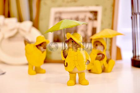 现代简约欧式风格家庭生活小摆件和小装饰以及小黄人图片