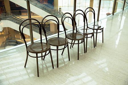 城市商场设施休息椅子图片