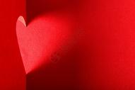 红色的剪纸爱心图片
