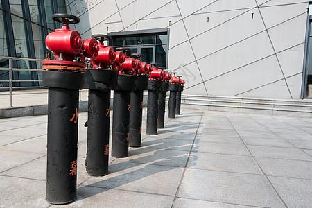 一排消火栓器材图片