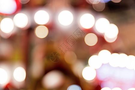 城市商场圣诞树灯光虚化图片