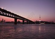 武汉江滩夜景图片