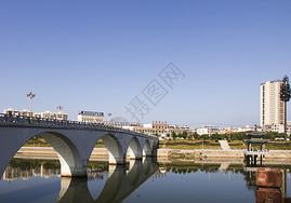 红安沃尔玛桥图片