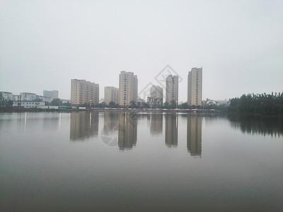 烟雨湖畔图片