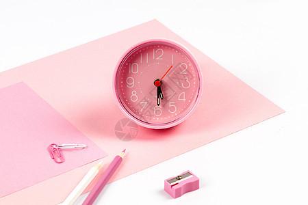小清新粉色闹钟元素桌面图片