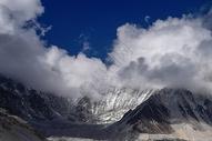 远望珠峰图片