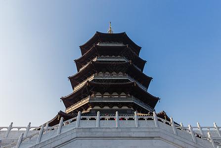 杭州西湖庄严建筑雷锋塔图片