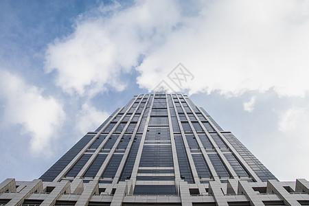 低视角仰望城市高楼图片