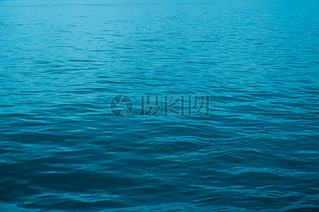 蔚蓝的大海高清图片