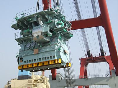 大连大柴船用柴油发动机图片