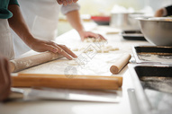 立冬包饺子图片