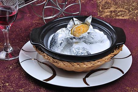 石锅盐焗鲍图片