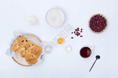 红豆面包图片