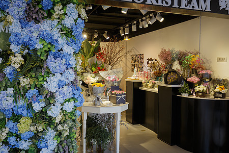 商场一角的花店图片