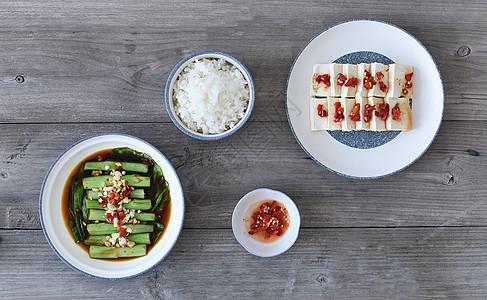 美食家常菜麻辣豆腐蒜香豆角图片