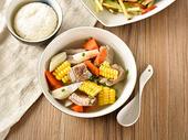 清炖排骨汤大碗米饭图片