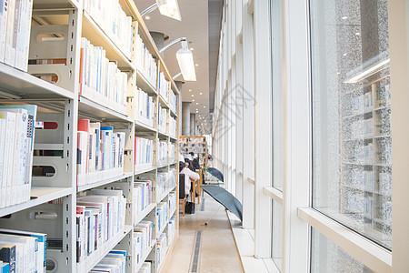 安静的图书馆图片