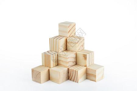 各种形状的原木色积木图片