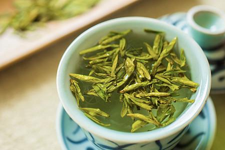 龙井茶鲜叶图片