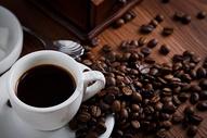 香浓美味的咖啡和咖啡豆图片