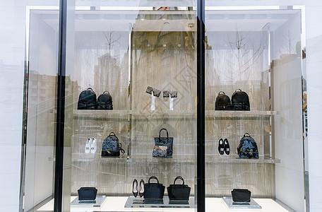 商场时尚橱窗装饰图片