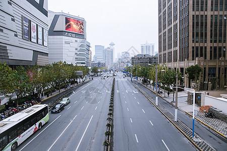 空阔大气道路城市建筑图片