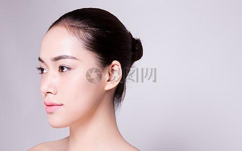 商业清新盘发美女青春妆面图片