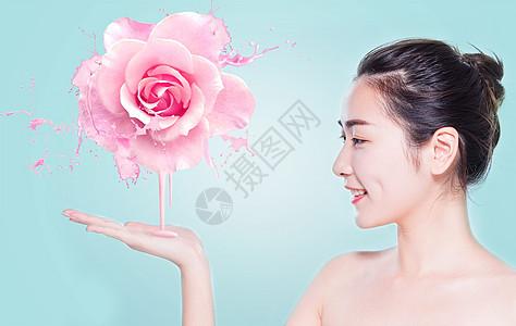 美女补水护肤的美容背景图片