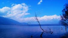 大理喜洲环海公路的景色图片