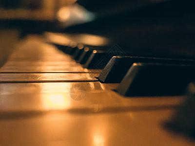 钢琴琴键背景图片