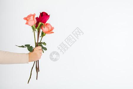 520情人节送一束玫瑰花图片