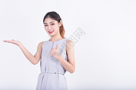 商务套裙女性广告留白展示图片