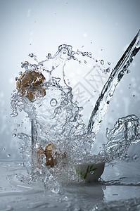 水的喷溅效果图片