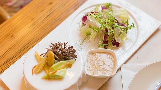 绿色沙拉套餐图片