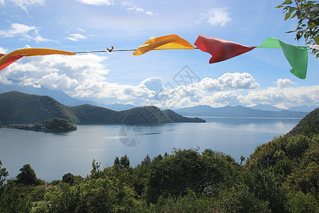 高原湖泊图片