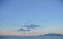 夏天芽庄海边的傍晚图片