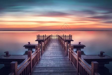 美丽的金沙湖图片
