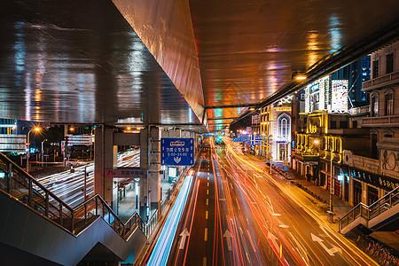 房产中介宣传图片_香港街头夜景高清图片下载-正版图片500613774-摄图网